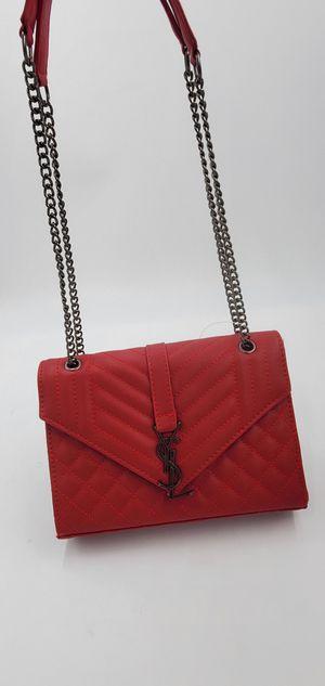 RED DESIGNER PURSE! for Sale in Center Line, MI