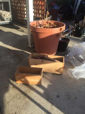 Two cedar boxes for herbs or vegetables for Sale in Los Angeles, CA