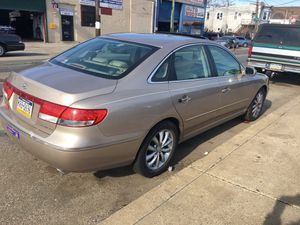 2006 Hyundai Azera limited 76k only for Sale in Carteret, NJ