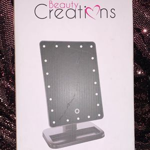 Beauty Creations 20 LED Touch Mirror for Sale in Long Beach, CA