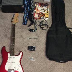 Squier Stratocaster Guitar for Sale in Chicago Heights, IL