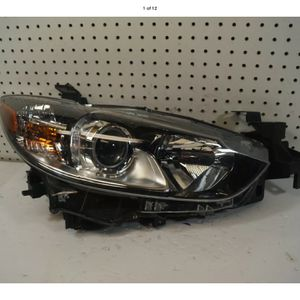 2014 2015 2016 MAZDA 6 RIGHT SIDE HEADLIGHT OEM for Sale in Lynwood, CA