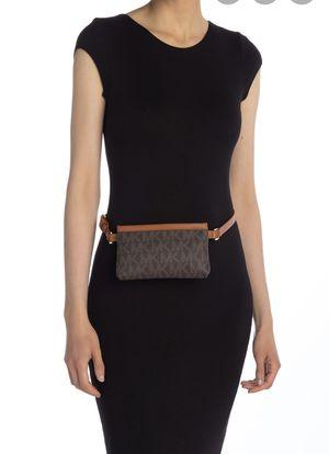 Michael kors new waist bag for Sale in Mesquite, TX