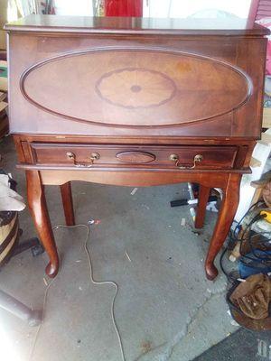 Secretary Desk for Sale in Millersport, OH