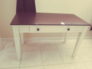 Wooden Desk for Sale in West Palm Beach, FL