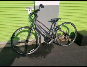Woman's bike for Sale in Manteca, CA