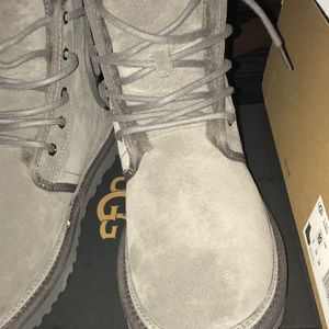 UGG HARKLEY CHARCOAL boots/shoes for Sale in East Windsor, NJ
