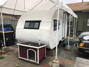1954 Vintage Shasta Camper for Sale in Gardena, CA
