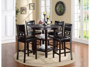"""Brand new 36"""" round pub high dining set for Sale in San Diego, CA"""