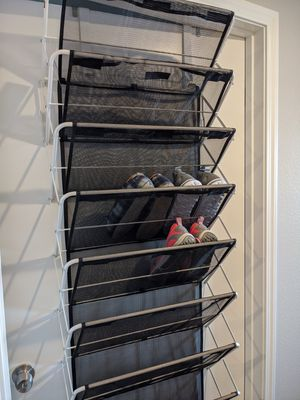 PENDING PICKUP! StoreSmith NEW Over-the-Door 30 Pair Shoe Rack for Sale in Everett, WA