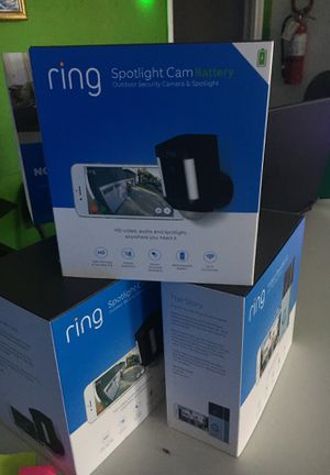 Ring spotlight cam outdoor security camera&spotlight 60$ for Sale in San Diego, CA