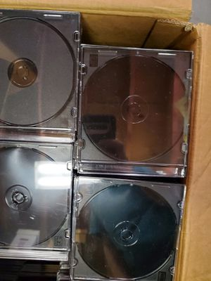 DVD orCD cases for Sale in Strongsville, OH