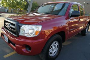 2009 TOYOTA TACOMA EXTENDED CAB LOW MILES 50K CLEAN INSIDE OUT RUNS GREAT ALL THE SERVICES HAS BEEN DONE for Sale in San Francisco, CA