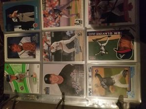 TOM GLAVINE mix baseball cards for Sale in Long Beach, CA