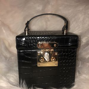 Trendy Black Boxed Handbag for Sale in Newport News, VA
