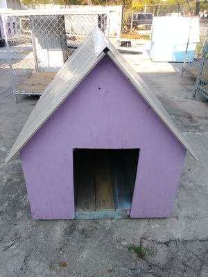 Dog house (wooden) for Sale in Miami, FL