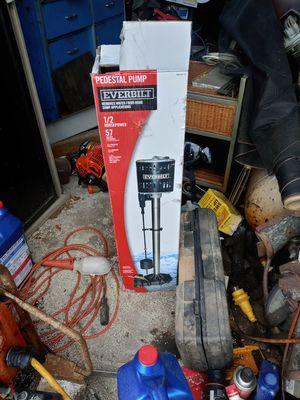 everbuilt pedistal sump pump for Sale in Pinellas Park, FL