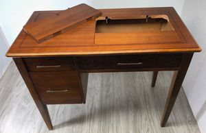 Old antique Singer sewing machine and table / desk for Sale in Atlanta, GA