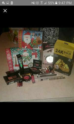 BIG beauty/ make up bundle for Sale in Deltona, FL