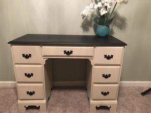 Desk/vanity for Sale in Morrow, GA
