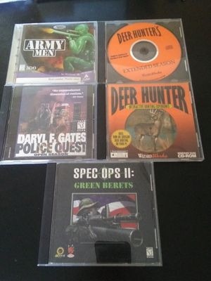 5 vintage pc computer games deer hunter for Sale in Monroe Township, NJ