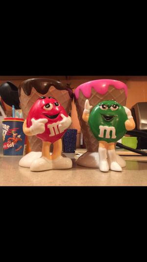 Antique Collectable M&M Mugs (2x) for Sale in Bakersfield, CA