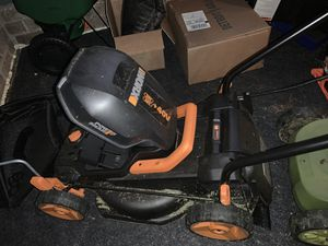 Cordless electric push mower for Sale in Youngsville, NC