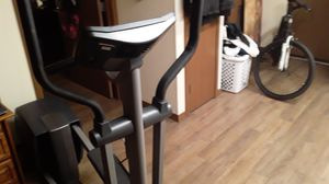 Nordic track elliptical. for Sale in Burien, WA