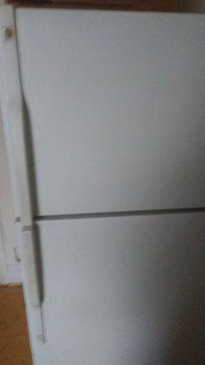 GE refrigerator for Sale in Detroit, MI