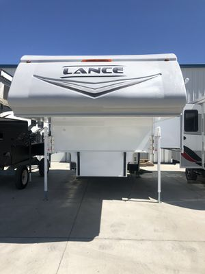 2021 Lance 1172 Truck Camper for Sale in Los Angeles, CA