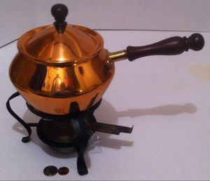 """Vintage Metal Copper, Brass and Wood Pan, 13"""" Long, Chafing Dish, Warmer, Kitchen Decor, Table Display, Shelf Display for Sale in Lakeside, CA"""