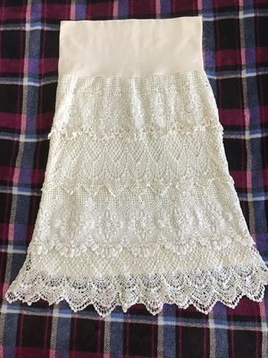 Solitaire tiered crochet lace boho skirt, size S for Sale in Bellevue, WA