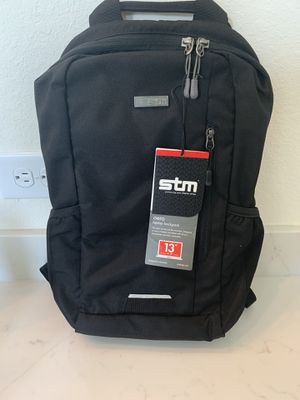 13 inch laptop backpack for Sale in Sugar Land, TX