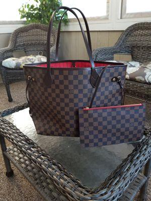 Louis Vuitton Neverfull mm bag for Sale in Endicott, NY