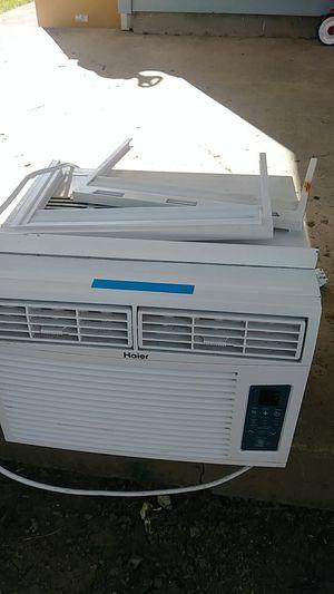 8000 Btu Air Conditioner for Sale in Columbus, OH