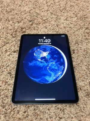 iPad Pro 11 Inch Wi-Fl Space Grey 64 GB for Sale in Boulder, CO