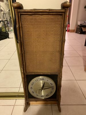 Vintage antique clock for Sale in Queens, NY