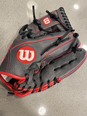 "Wilson A1000 1786 11.5"" Baseball Glove WTA10RB181786 RHT for Sale in San Antonio, TX"