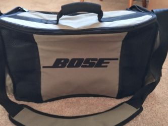 Bose Acoustic Wave Tote Bag That Can Hold Batteries. To Play Where There's No Electricity for Sale in Colorado Springs,  CO