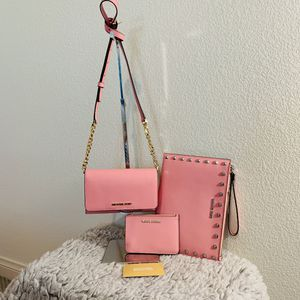 NWT! MK 3pc crossbody bag,pouch&clutch for Sale in Montclair, CA