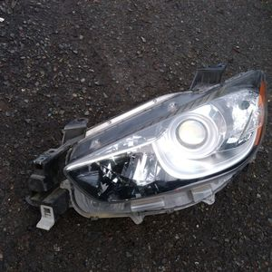 Headlight for Sale in Newcastle, WA