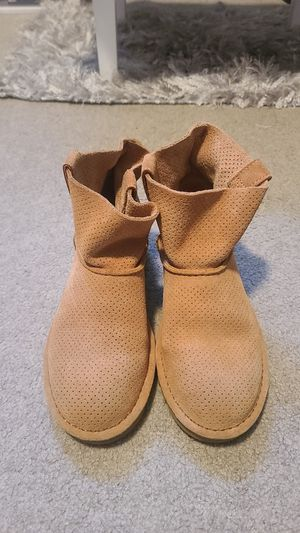 UGG boots sz 5 womens for Sale in Seattle, WA