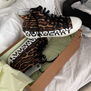 Authentic Burberry Shoes for Sale in Long Beach, CA