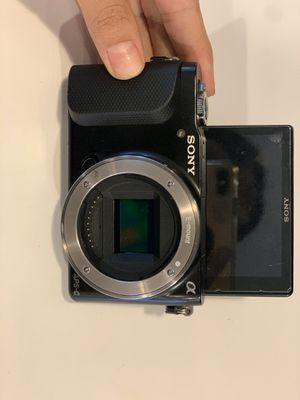 Sony a series vlog camera for Sale in Philadelphia, PA