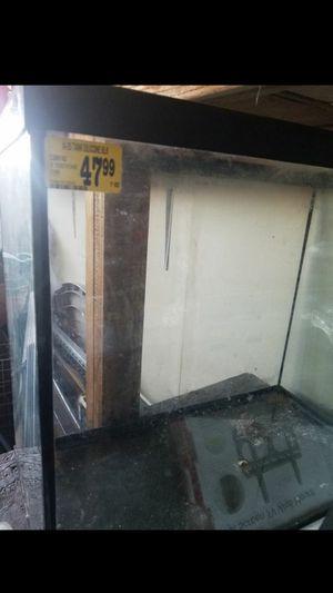 Fish tank for Sale in Oceanside, CA