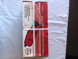 """Milwaukee Heavy Duty 3/8"""" close quarter drill for Sale in Toms River, NJ"""