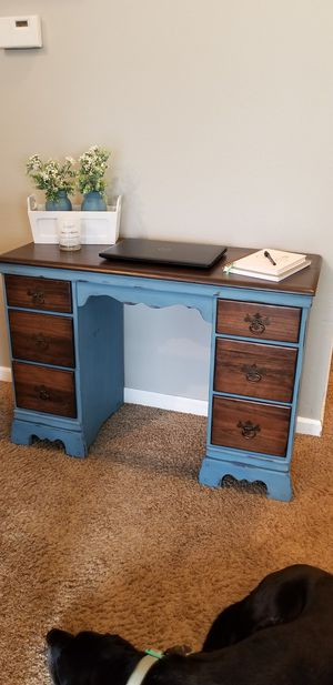 Desk refinished for Sale in Bonney Lake, WA