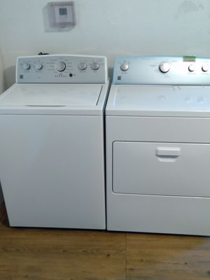 Kenmore he canyon capacity washer an electric dryer matching set 3 years old like new for Sale in Pittsburgh, PA
