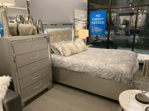 $1519 4 piece bedroom set with storage this weekend only! for Sale in Tukwila, WA