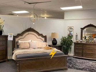 🔥39$ Down Payment🔥Sheffield Antique Gray Panel Bedroom Set for Sale in Reisterstown,  MD